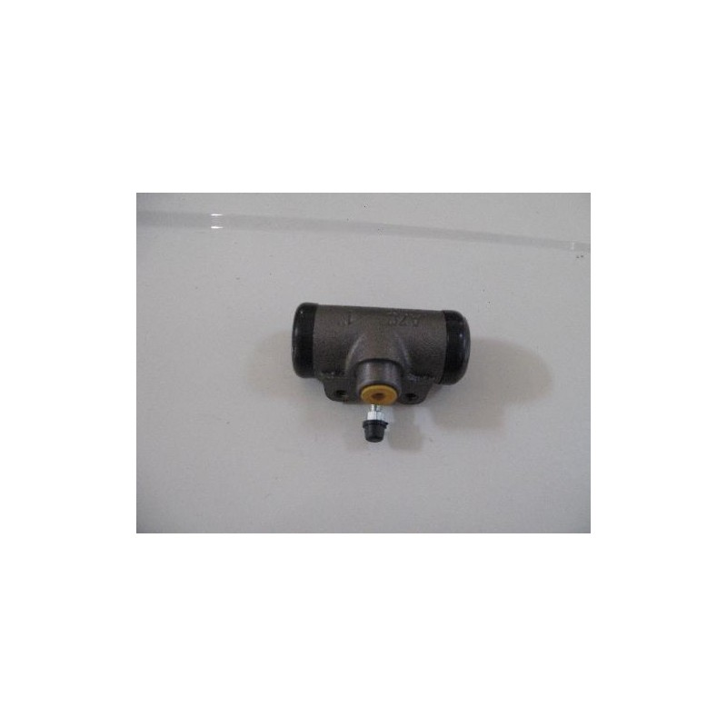Wheel brake cylinder front and rear