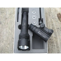 UTG Xenon tactycal Flashlight
