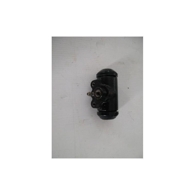 Wheel brake cylinder rear