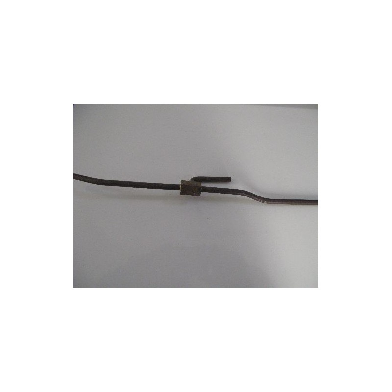 Vacuum line T piece wipers